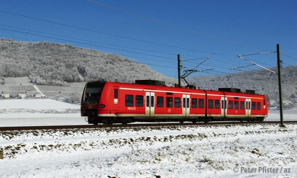 S-Bahn der DB im Klettgau.
