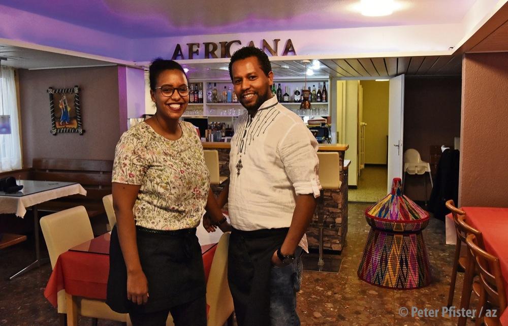 «Es läuft immer besser»: Makda und Daniel Adisu in ihrem Restaurant. Fotos: Peter Pfister