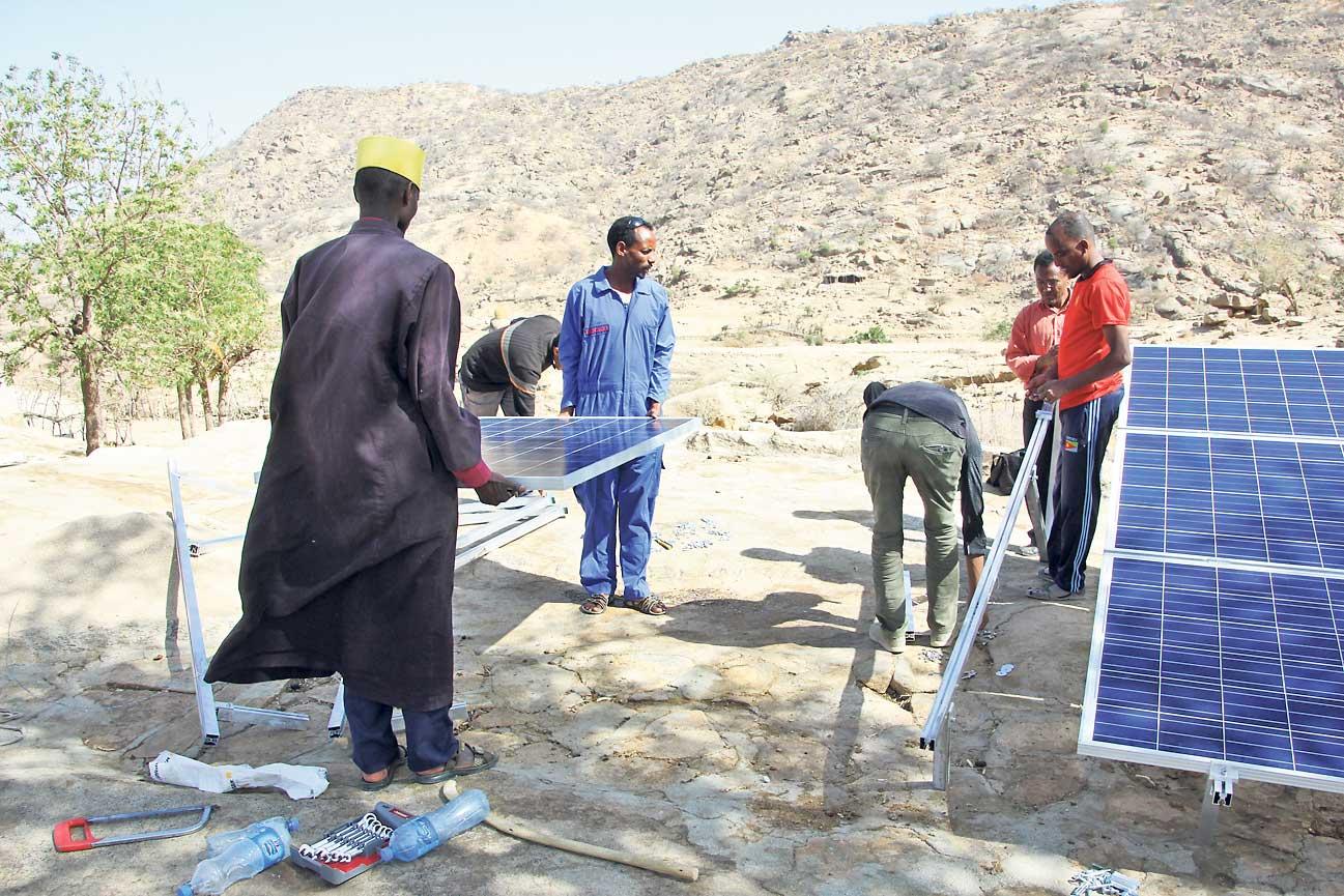 An drei Orten rund um ein eritreisches Kloster wurden im März 2018 zwei Solaranlagen gebaut. Foto: zVg / Solar-Afropa