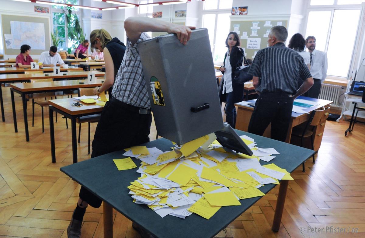 Wahltag ist Zähltag: Analoge Wahlen sind nicht automatisch sicher.