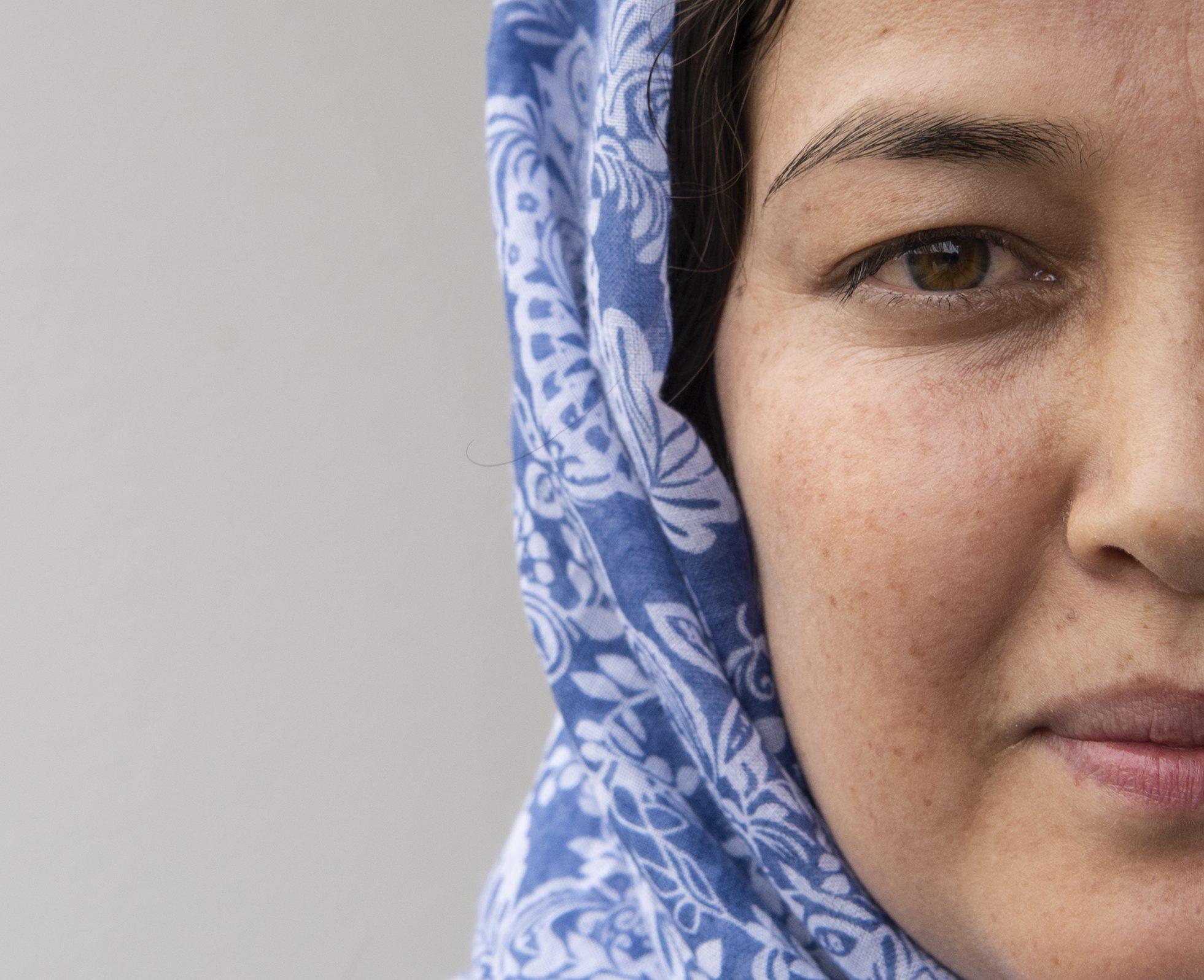 Kamila Qasimi bleibt am liebsten zuhause, wo sie sich sicher fühlt.